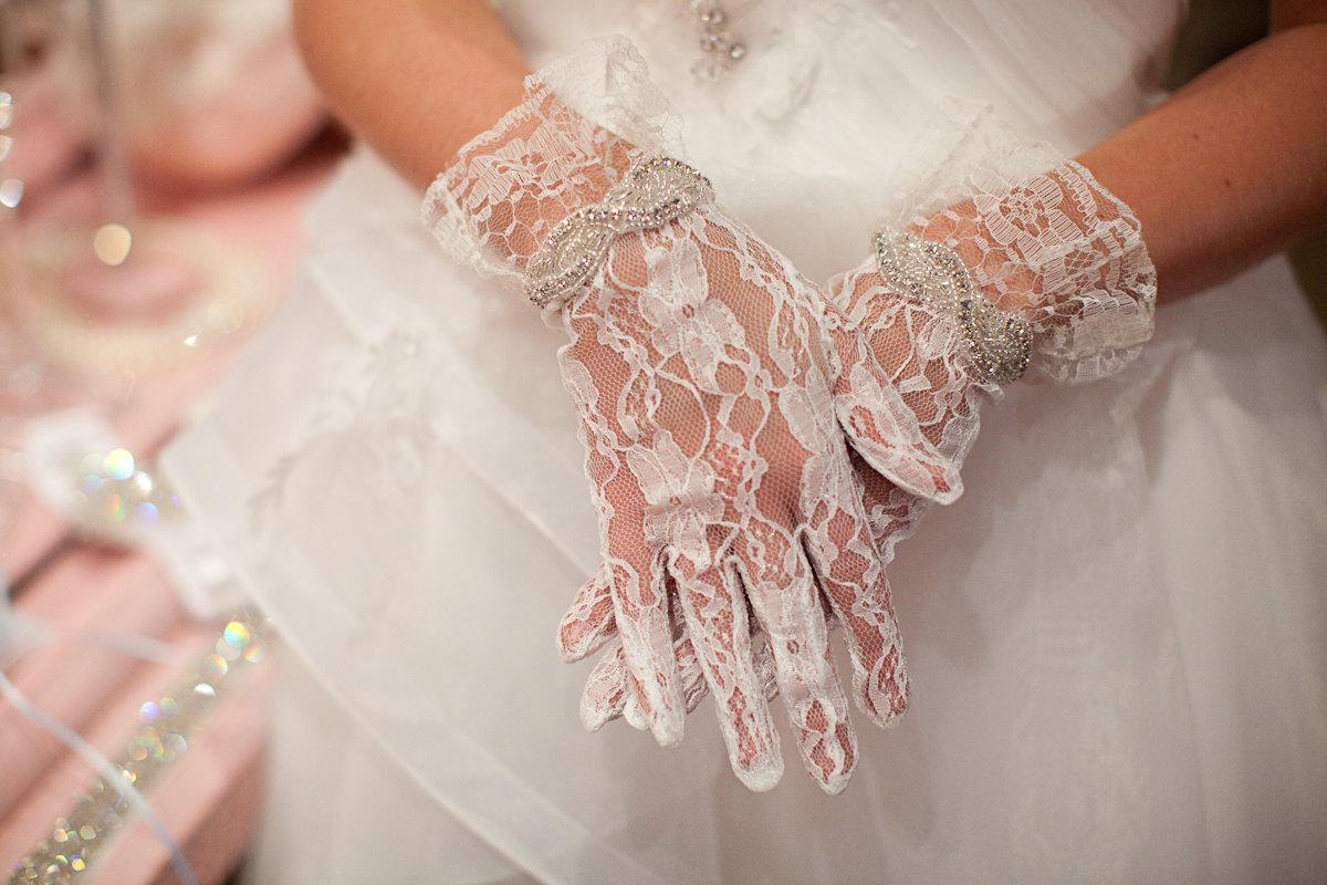 Подбор свадебных перчаток