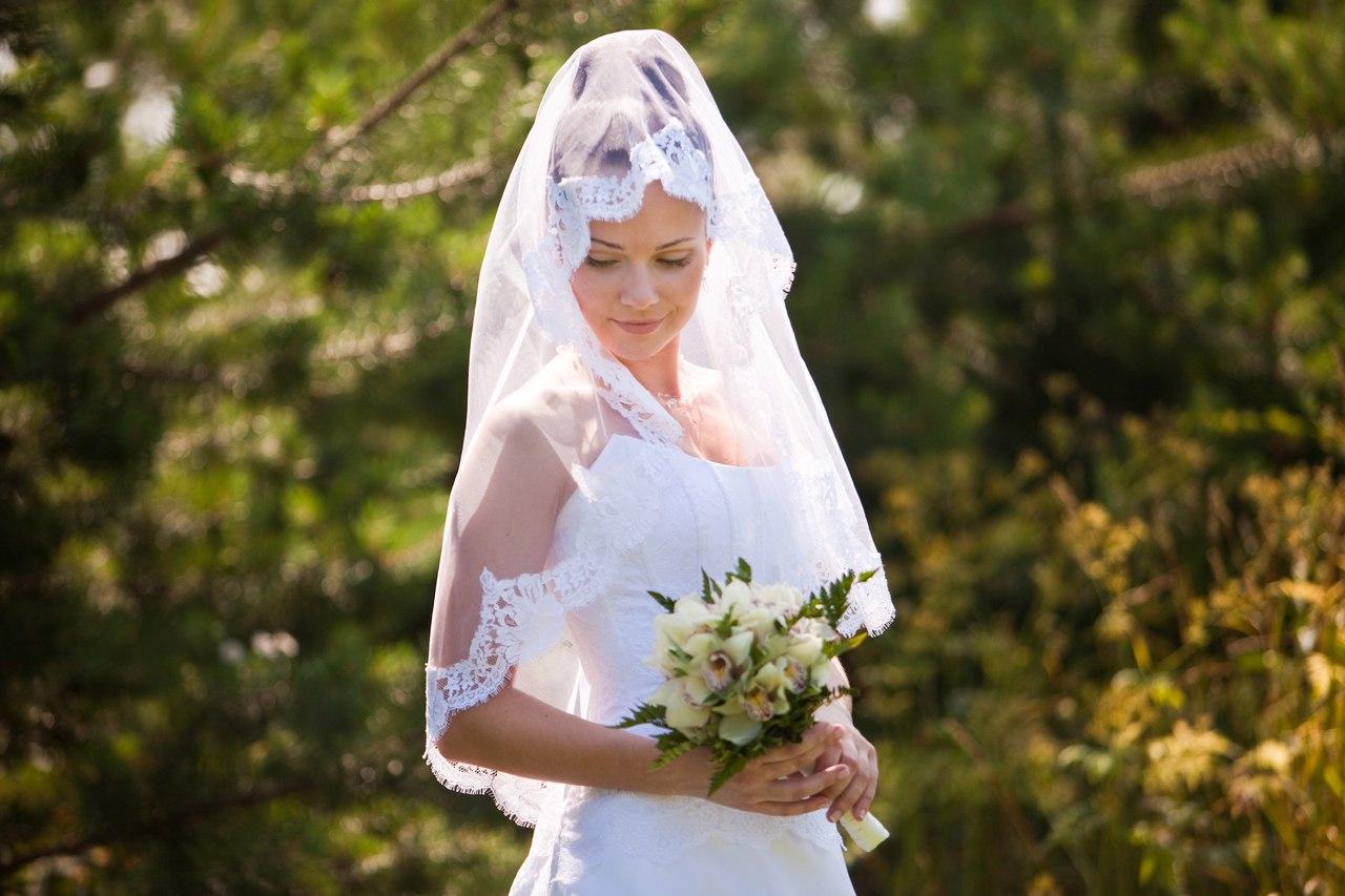 Подбор аксессуаров: выбор свадебной фаты