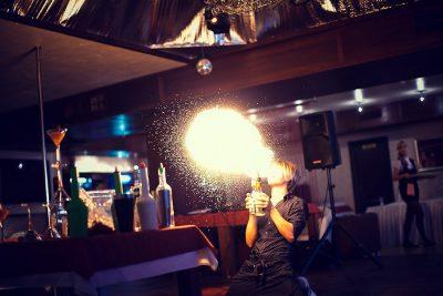 Лучшие бармен-шоу в Санкт-Петербурге