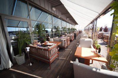 Рестораны, кафе и банкетные залы с террасой в Санкт-Петербурге