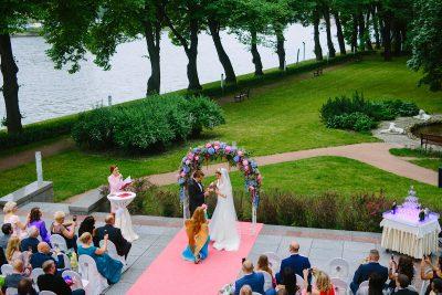 Организация выездной регистрации брака в Санкт-Петербурге