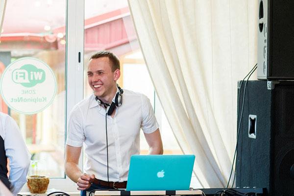 DJ Михаил Барканов